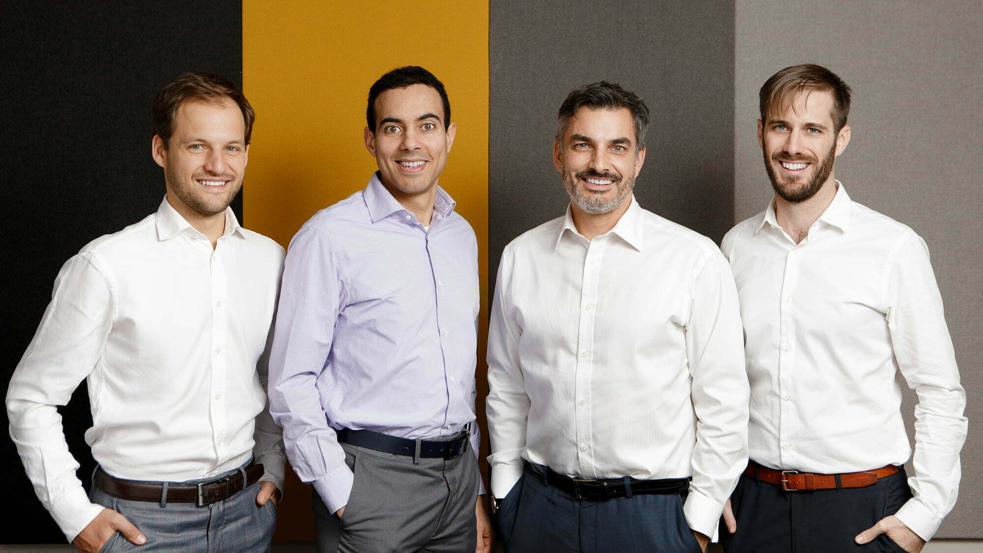 Montreal-corporate-team-group-portrait