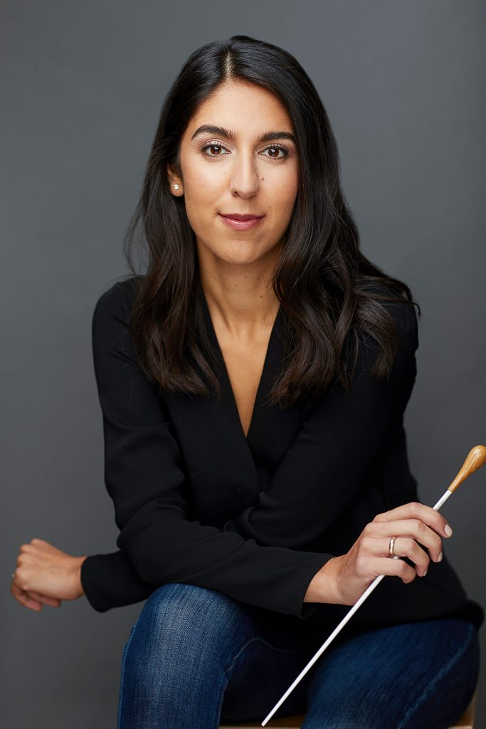 Montreal-female-conductor-portrait