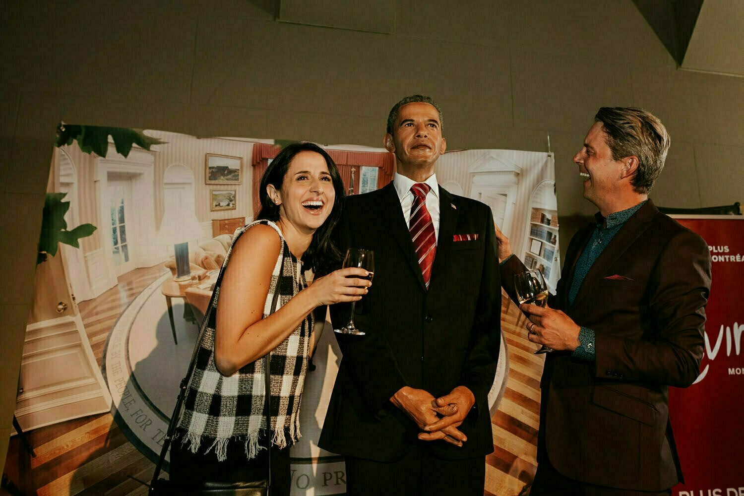 montreal-event-photography-guests-wax-obama