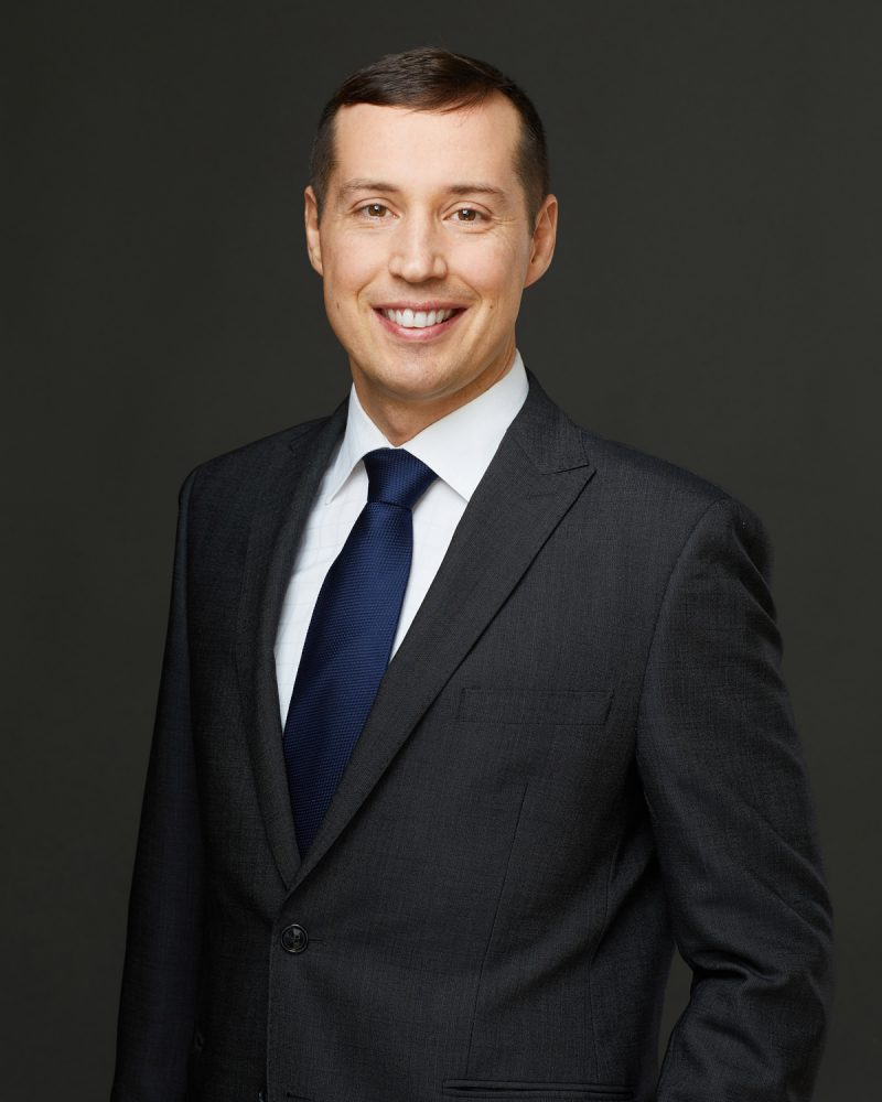 Montreal-corporate-lawyer-headshots-3