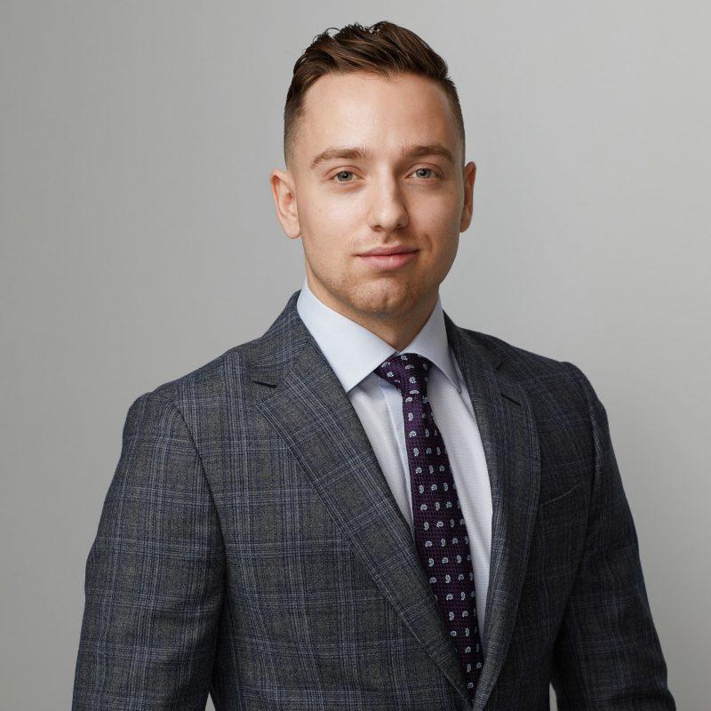 Montreal-team-headshots-company-branding-15