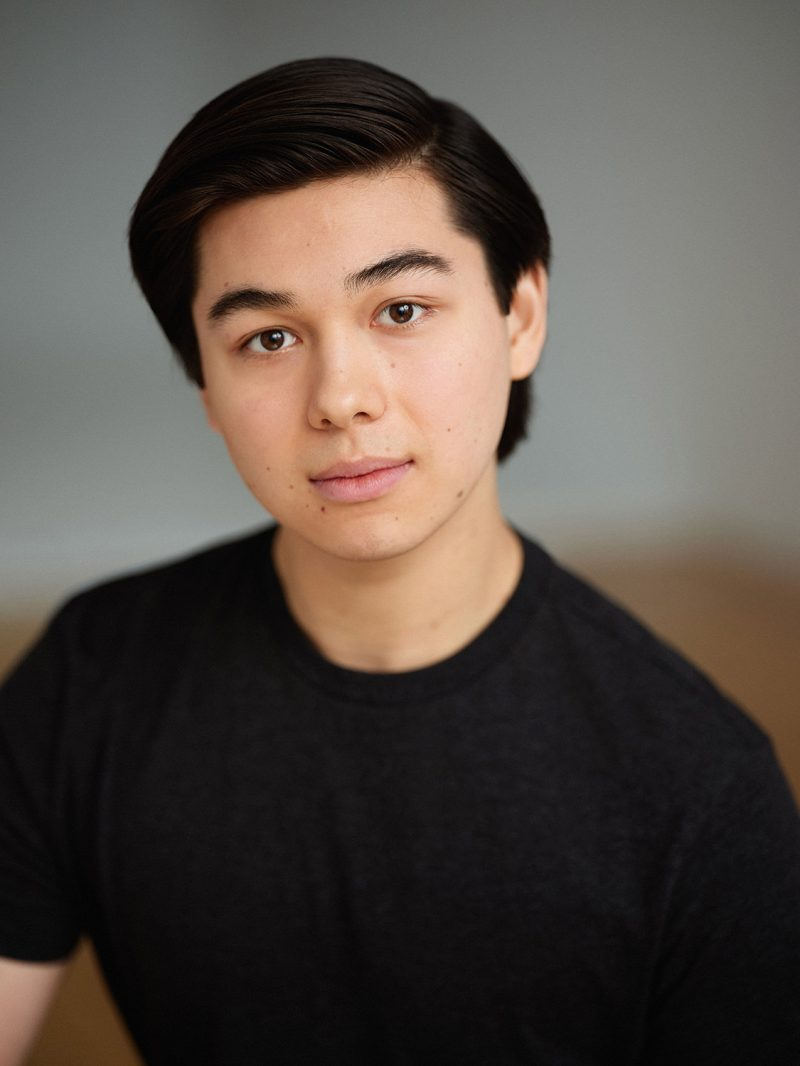 Montreal-actors-headshot-asian-casting-in-studio-by-nadia-zheng