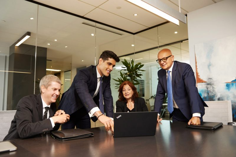 Montreal-corporate-team-office-lifestyle-action-photos-by-nadia-zheng-4
