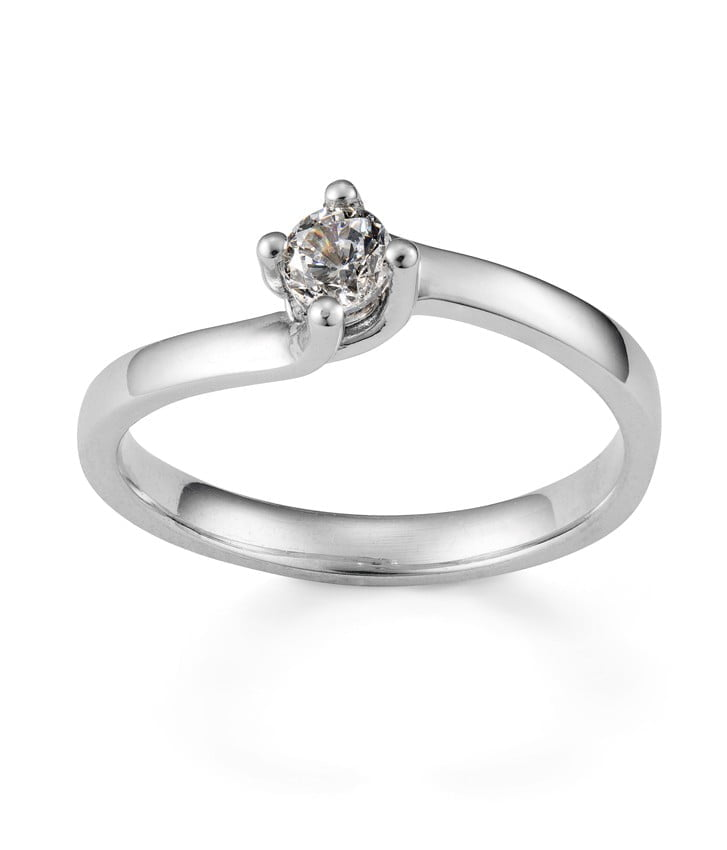 Montreal Jewelry Photography -Diamond Ring