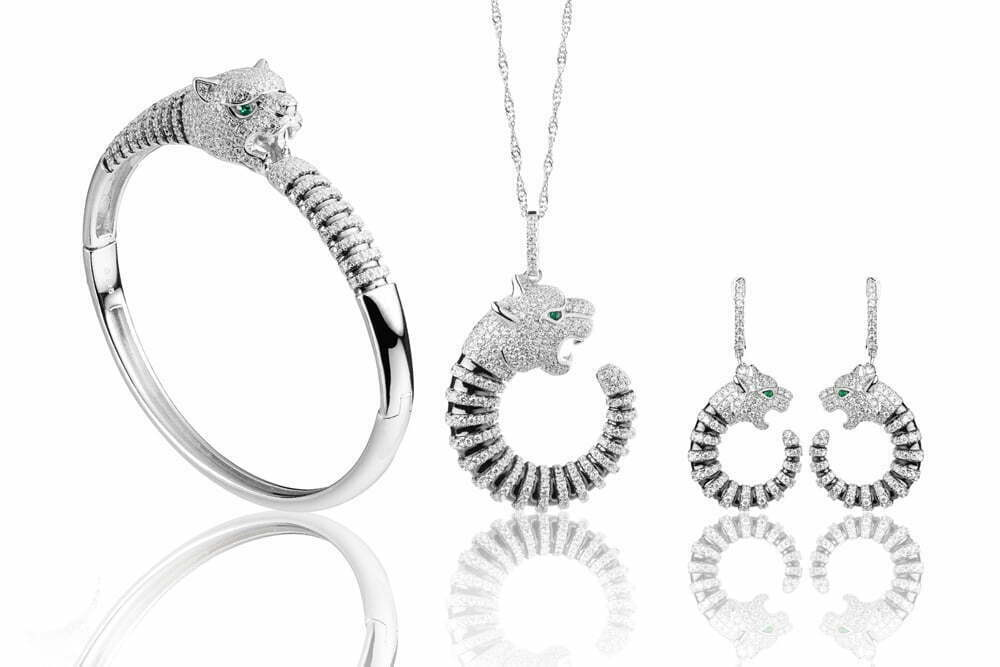 Montreal Jewelry Photography -silver tiger bracelet pendant earring with diamond