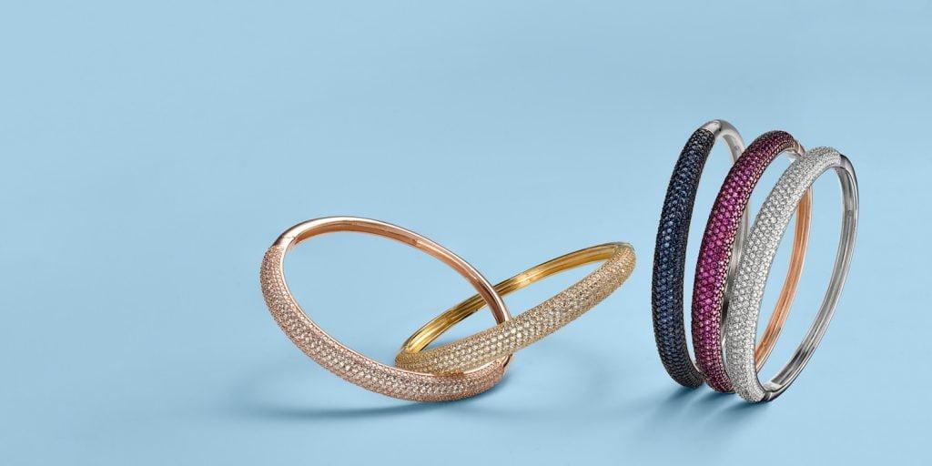 Slider of fine jewelry diamond bangles